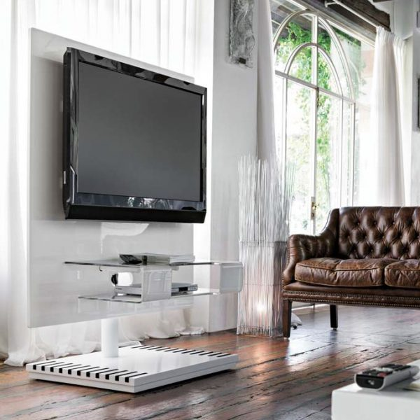 Pixel TV Stand Target Point